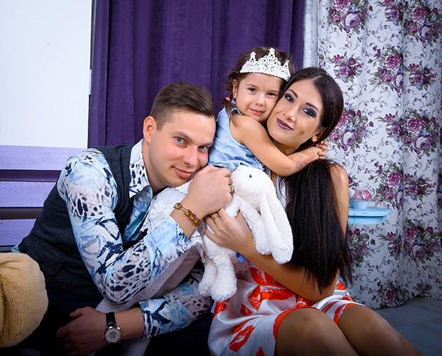 Ваня Дулин с семьей